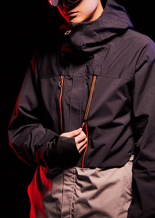 육팔육/686 보드복 GLCR 이더 다운 자켓 #769802BK / BLACK COLORBLOCK 1819 686 GLCR ETHER DOWN THERMAGRAPH JACKET